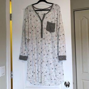 La Vie En Rose Cute Seal Print Night Gown